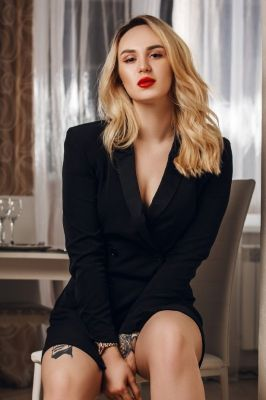 Оксана VIP — знакомства для секса в Уфе